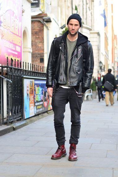 一歩間違えると怖い印象になったり、野暮ったくなってしまう事もある革ジャンの着こなし。この記事では、失敗しない革ジャンの着こなし方をご紹介していきます。