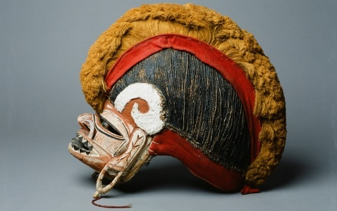 Papua New Guinea, New Ireland, 19 Century, wood, plant fibers, closure of sea snails (Turbo petholatus), coconut fibers, banana fibers, Baumbast putty from Panariumfrucht, lime, seed pods, cloth, pigments, glass beads, D: 42 cm, H: 35 cm, W: 20 cm; Inv. No.: 7379b, Collected: Frau Captain Supmer, Rostock, 1913  Luebeck Museum: Banana Fibers, Art, Guinea New Ireland, Glass Beads, Luebeck Museum, Masks New Guinea New