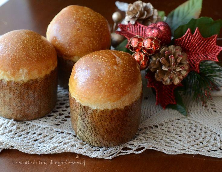 Panettoncini dolcidi pasta brioche,soffici merendine per la colazione o merenda in versione natalizia