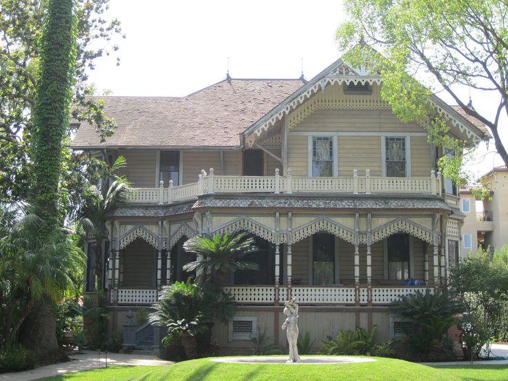 Theodore Parker Lukens House in Pasadena, California