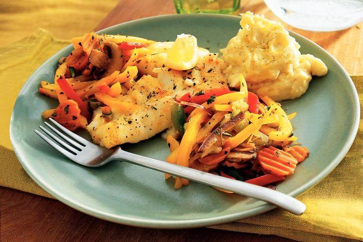 Kabeljauw met Provençaalse groenten en  aardappel-knoflookpuree - Recept - Allerhande