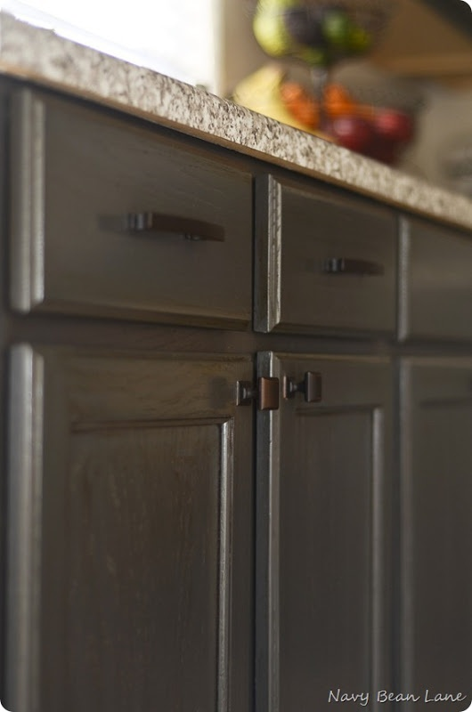 17 best images about lyndee della torre design ideas on for Best wood stain for kitchen cabinets