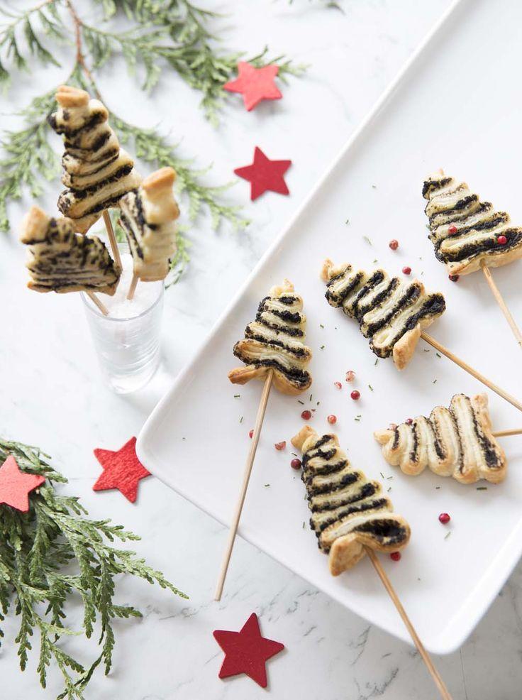 Mini sapins feuilletés à la tapenade, la recette d'Ôdélices : retrouvez les ingrédients, la préparation, des recettes similaires et des photos qui donnent envie !