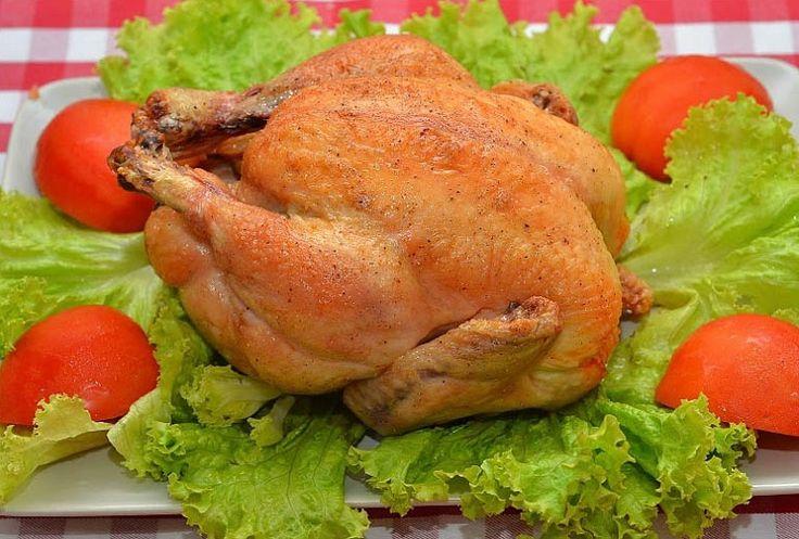 Сочная курочка с хрустящей корочкой | Это классический рецепт курицы запеченной в духовке. Мясо получается очень сочное, нежное и ароматное. А кожица золотистая и хрустящая!!!
