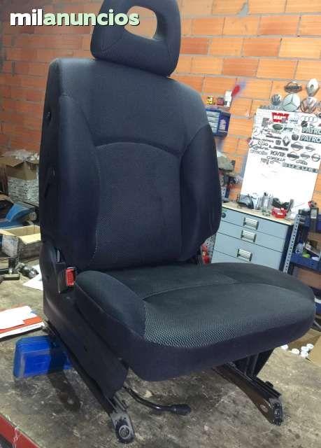 Vendo el asiento del conductor de nissan terrano 2 a o for Fundas asientos 4x4
