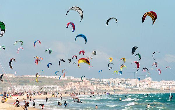// kite surfing, tarifa, spain