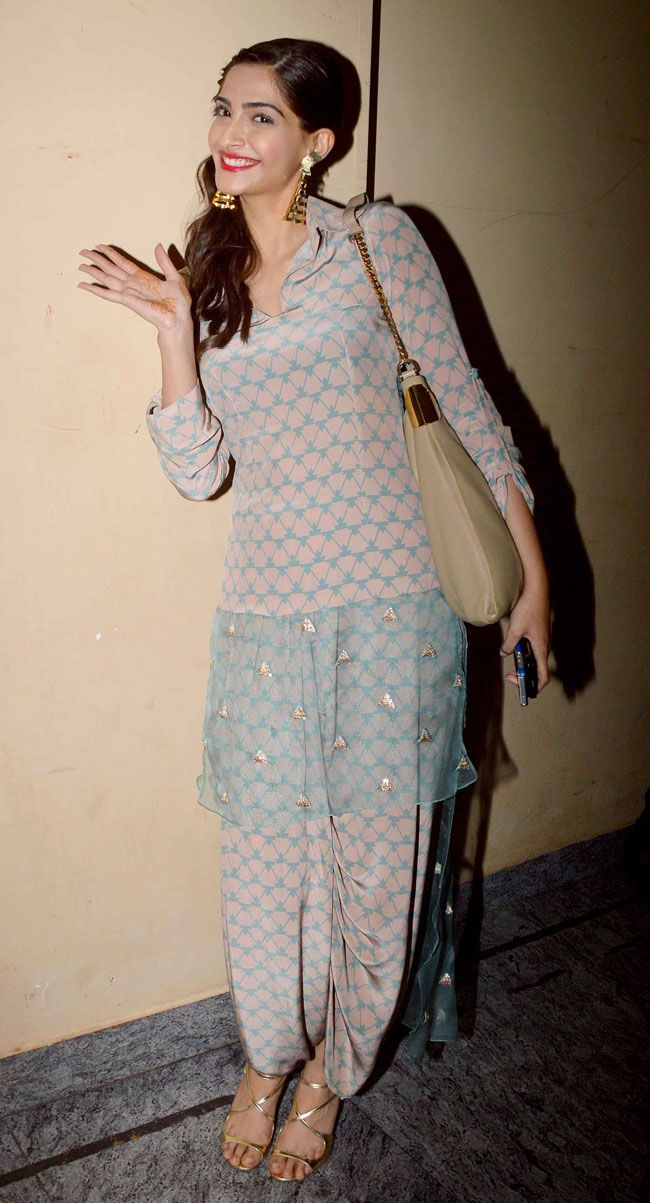 Sonam Kapoor seen in a Payal Singhal suit at screening of 'Finding Fanny'