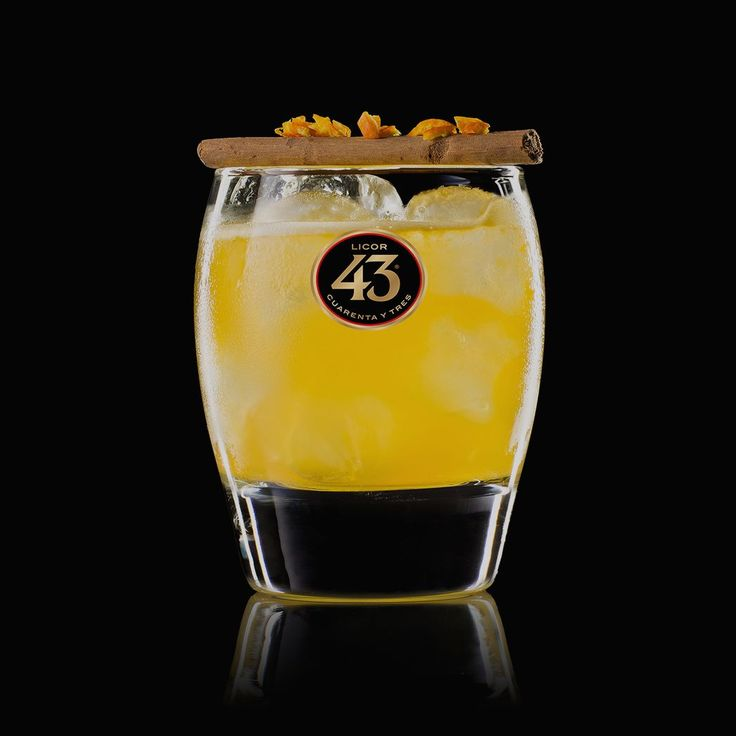 Learn to make the El Misterioso 43, a tropical cocktail with exotic citrus flavours and a subtle hint of cinnamon spice. Perfect for lazy summer evenings.
