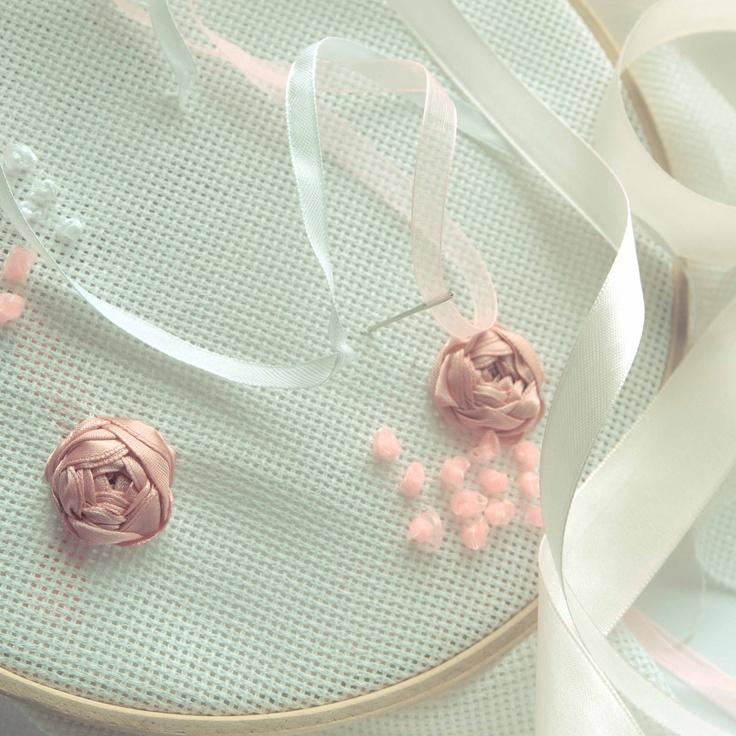 Handmade by Martha Stark tags: #handmade #marthastark #decoration #rekodzielo #bead #thread #cloth #ribbon #pink #white #cream #rose
