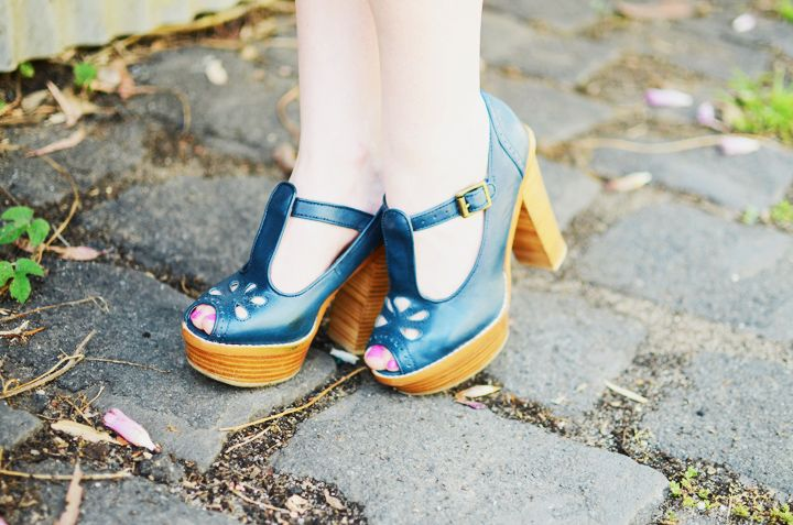 синие сандалии Горман