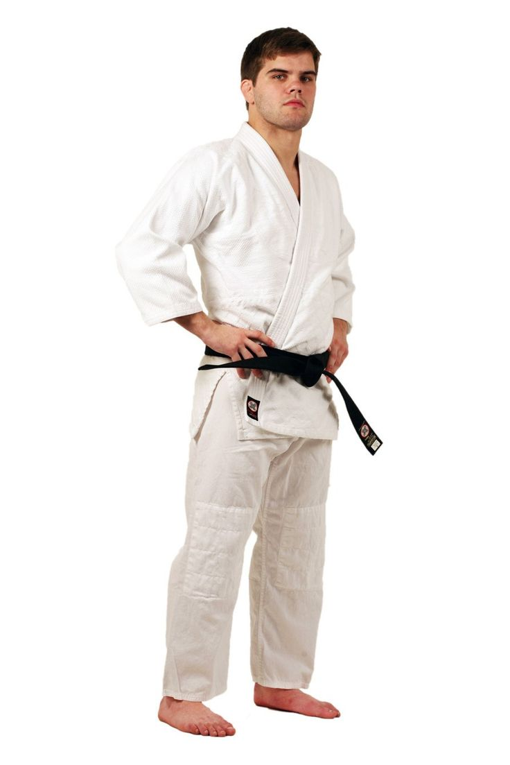 Ronin Brand Student Single weave Bleach White Judo uniform This Judo gi is Sturdy, lightweight single weave design and has Reinforced shoulders, lapels, side vents, and sleeves. It also has Quilted an