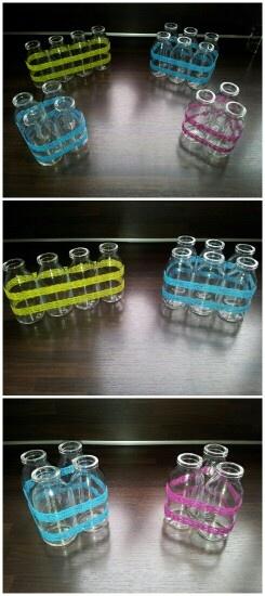 Vaasjes - zelfgemaakt van gerecyclede flesjes.