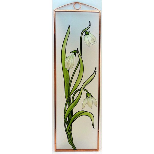 Hóvirág Grafika: Navratil Zsuzsa üvegre kivitelezte: Kőrösi Andrea Mérete: 7,5 cm x 23,5 cm