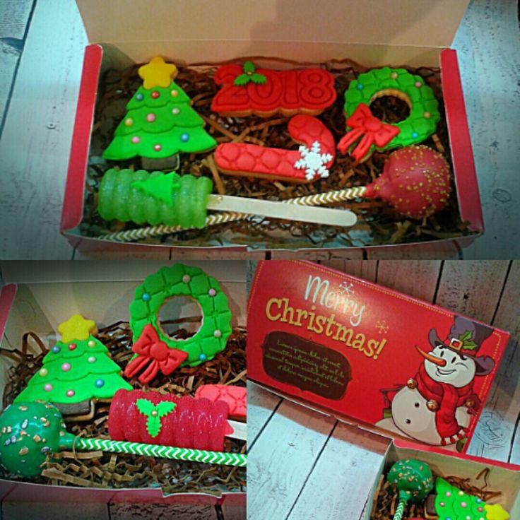 Gifts cookies xmaa
