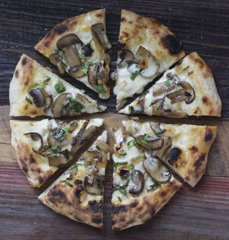mushroom and taleggio pizza