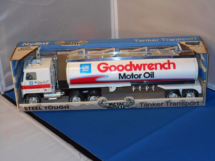 #transformer nylint gm goodwrench motor oil tanker transport press steeldie cast semi wbox