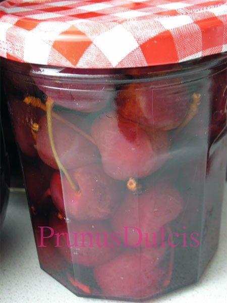 Receta de Cerezas en conserva (licor)