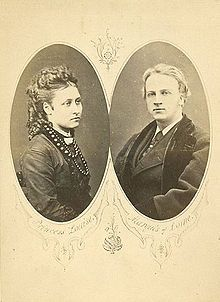 The official engagement photo of Princess Louise of the United Kingdom and the Marquess of Lorne. The Marquess eventually also became Duke of Argyll, giving Louise the titles Marchioness of Lorne and Duchess of Argyll.