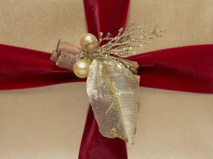 Wonderful Gift Wrapped And Gorgeous Part - 6: Fabulously Festive. #HarrodsGifts. Send GiftsWrapping ...