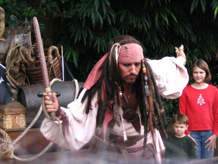 Captain Jack Sparrow by RakaiThwei on DeviantArt