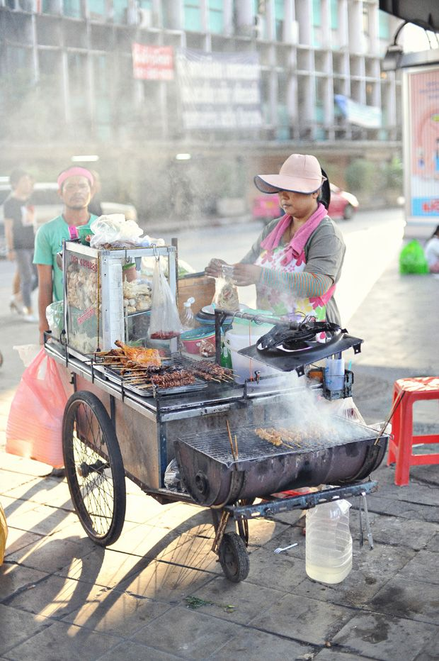street food in bangkok - one of the things I miss the most