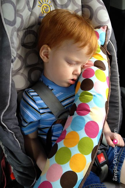 """Dimplicity - Crafty Blog: DIY Seat Belt Pillow Items Needed: 2 - 26"""" x 6"""" pieces of fabric Batting 6 - 9"""" pieces of ribbon She used cotton polka dots on one side and minky on the other but you could use all fleece or just cotton....whatever you have on hand."""