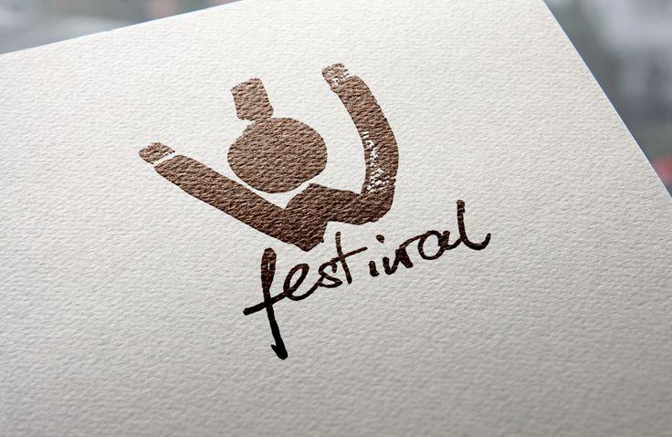 Ów festiwal / Pierwsze miejsce w konkursie na logo festiwalu teatrów studenckich, organizowanego przez Samorząd Studencki Uniwersytetu Warszawskiego i Teatr Kamienica.