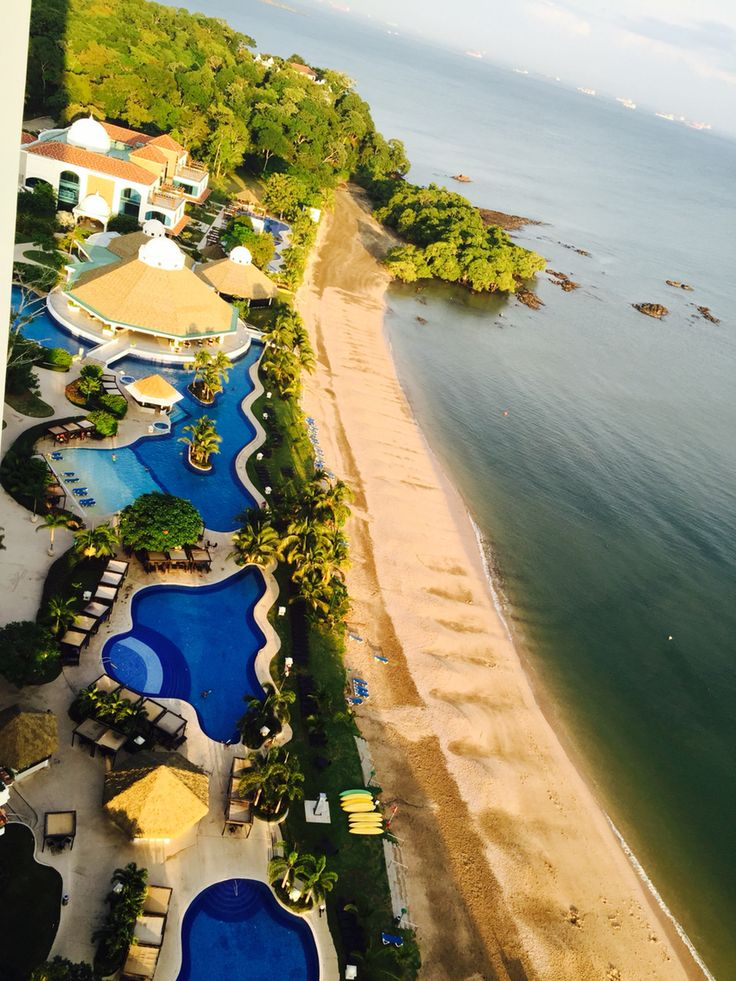 Casa bonita, piscinas del hotel westin bello lugar !!!