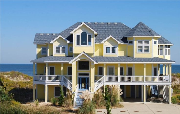Whalehead Beach Vacation Rental - VRBO 401952 - 8 BR Corolla House in NC, Sun Catcher in Whalehead in Corolla, Nc - Oceanfront
