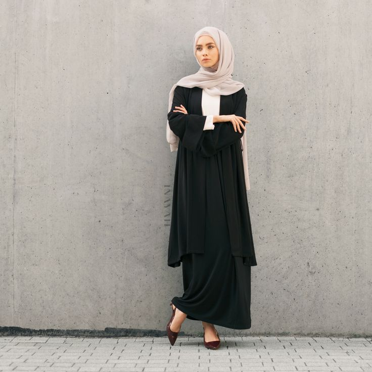 INAYAH | Smart, sophisticated and modest. Lead the minimal charge with simple…