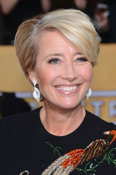 Actress Emma Thompson attends the 20th Annual Screen Actors Guild Awards at The Shrine Auditorium on January 18, 2014 in Los Angeles, Califo...