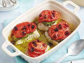 Unser beliebtes Rezept für Ofen-Seelachs mit Oliven-Tomaten-Haube und mehr als 55.000 weitere kostenlose Rezepte auf LECKER.de.