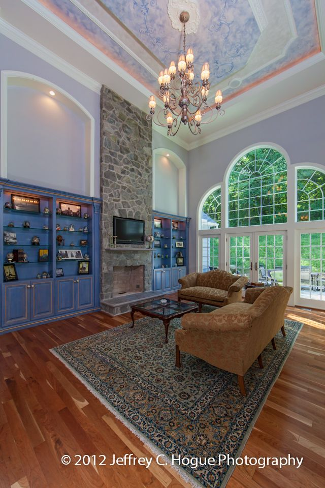i love almost everything about this home: Amazing Families, Beautiful Window, Ponds Houses, Custom Home, Berk County, Tall Ceilings, Stones Ponds, Rooms Photo, Families Rooms