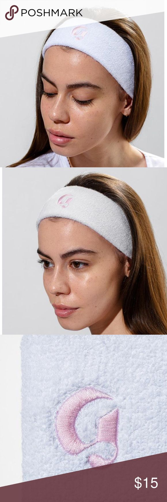 """✨NEW✨GLOSSIER Headband ✨NEW AND NEVER WORN✨with 80% spa-quality looped terry cotton plus 20% of the most sensual stretch elastic nylon so it fits snug but comfy. Precision-stitched with our signature Glossier """"G"""" in official Glossier pink—Pantone 705. Keeps hairs safe from excess moisture, masks, and face wash. Is cute. GLOSSIER Accessories Hair Accessories"""