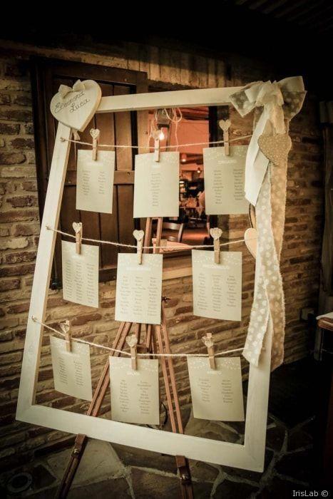 Tableau Matrimonio In Legno : Tableau de mariage con mollette e cornice in legno #matrimonio