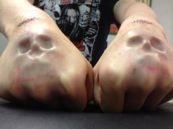 I've never been one to like implants in general but Im totally digging these skull hand implants