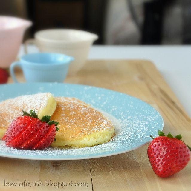 Ricotta Pancakes - can pancakes be darling? ;D <3