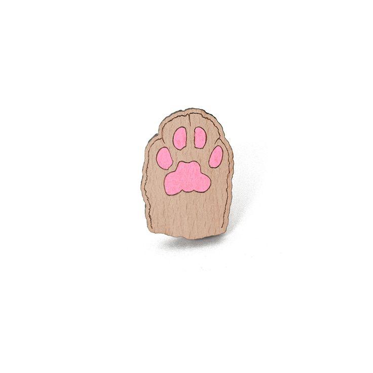 Деревянный значок Кисья лапка #wafwaf #wafwafgoods