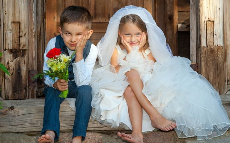 Top trends - 10 adorable accessories for your flower girl  and page boy