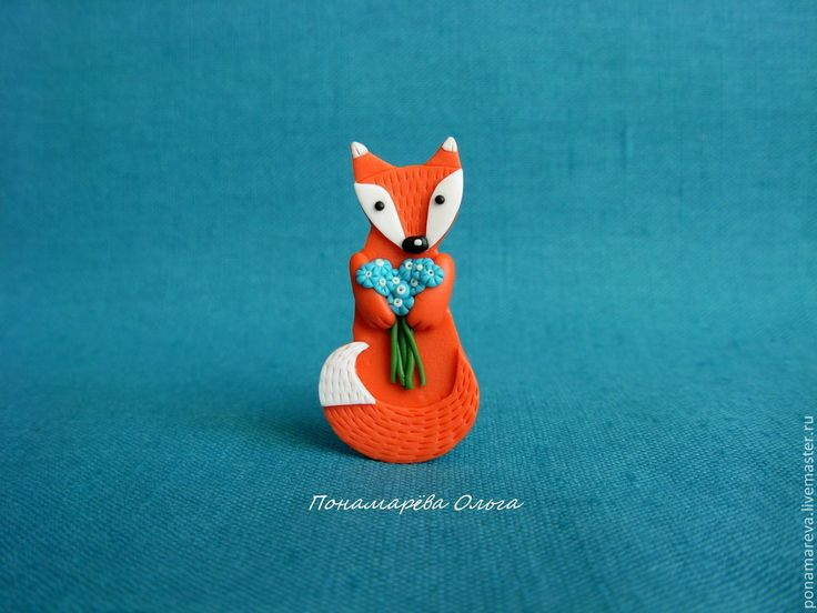 Купить Лисенок с цветами. Брошь - лисенок, лиса, лисичка, брошь лиса, брошь из полимерной глины