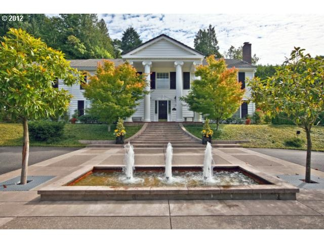 2620 SW Scholls Ferry Rd 148-Portland West/Raleigh Hills - 4 Bedrooms, 5.5 Bathrooms :: Home for sale in Portland, OR MLS# 12237943. Learn more with Portland Real Estate Group