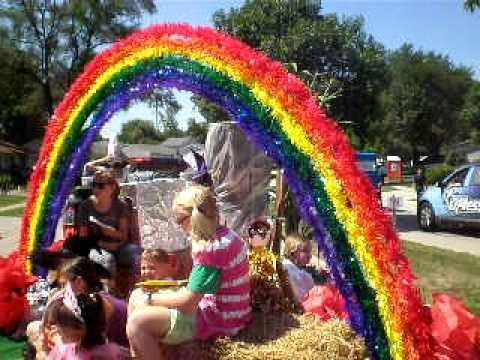 1000+ images about Parade Floats on Pinterest | Gumball ...