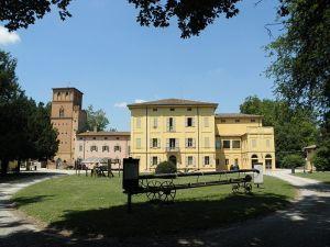 Villa Smeraldi, Museo della civiltà contadina - San Marino di Bentivoglio (BO) - Veduta dell'ingresso principale della Villa.