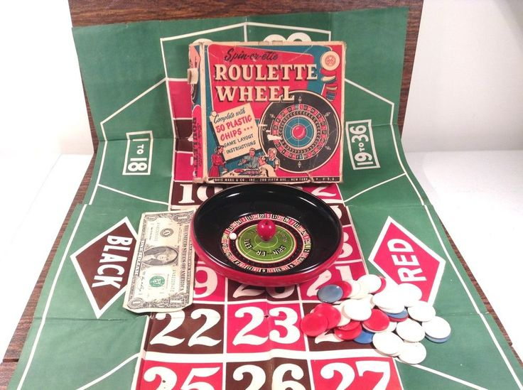 Toy roulette table