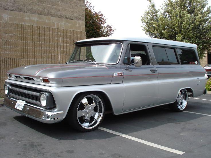 Chevy Suburban 1965