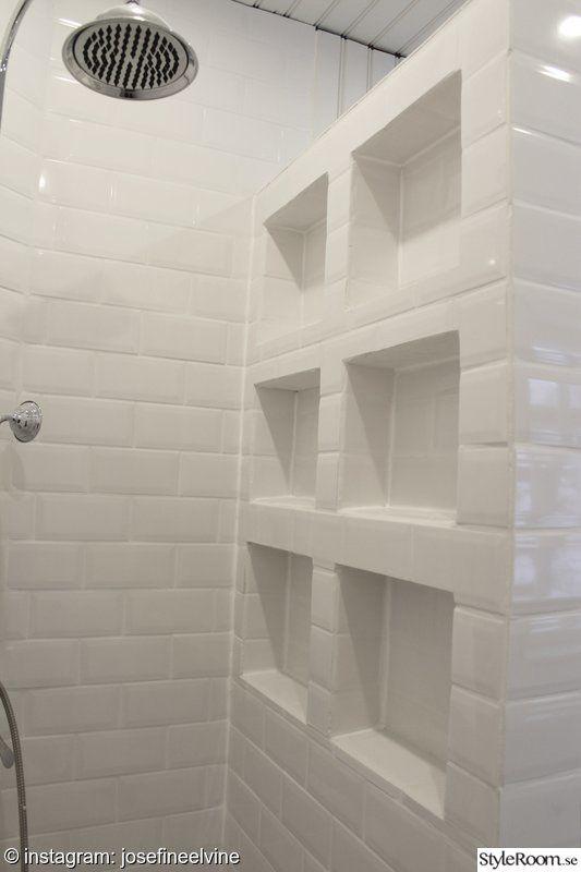 badrum,förvaring badrum,badrumshyllor,kakel hyllor