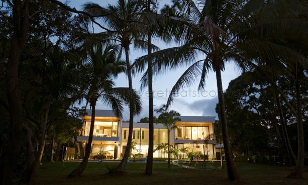 Paton's Place at Kewarra Beach is now available for holiday rental - http://www.executiveretreats.com.au/articles/659/1/Patons-Place/Page1.html