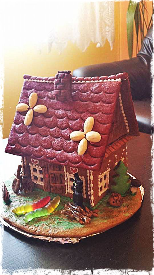 Gingerbread Easter House