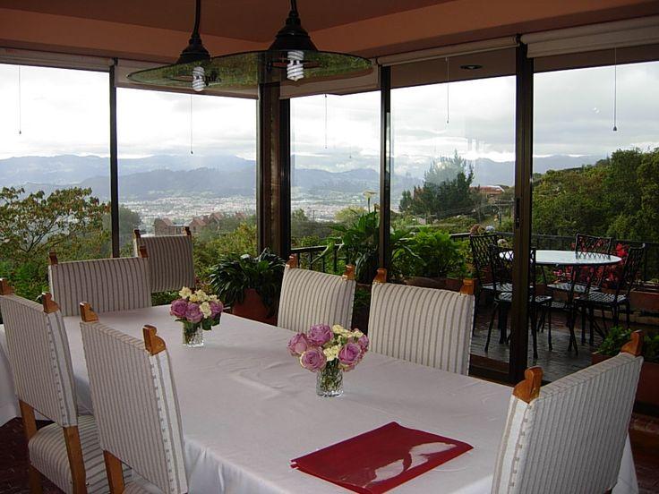 #TuCasaenChia Exclusiva, vista hermosa a la Sabana de #Bogotá #Casas
