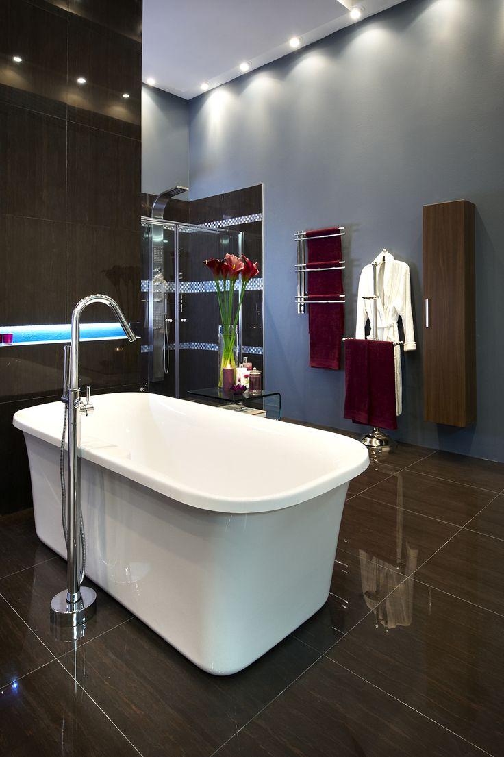 beautiful design #bathroom #inspiration #style #modern #classic #freestanding #baths